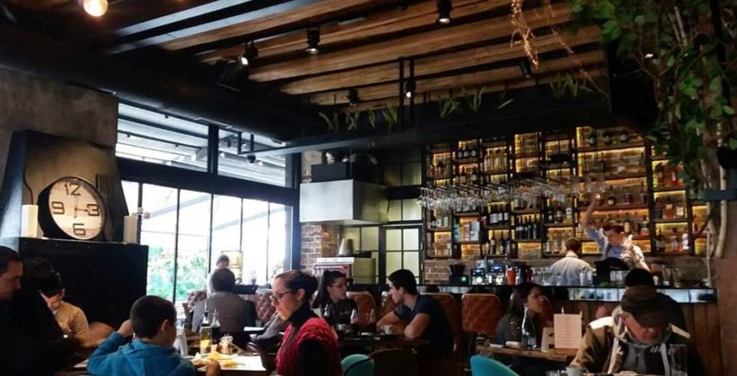 Restoran Bar Ustanicka U Beogradu Com